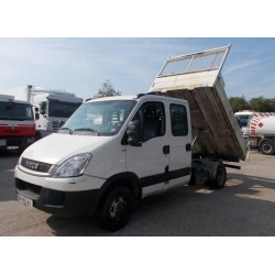 Camion-benne 3.5t IVECO...